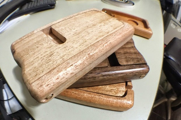 Watch Pad & Quill transform a hunk of wood into an elegant Apple Watch stand